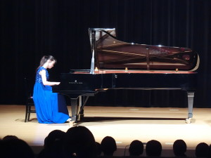 24-グランドピアノ演奏